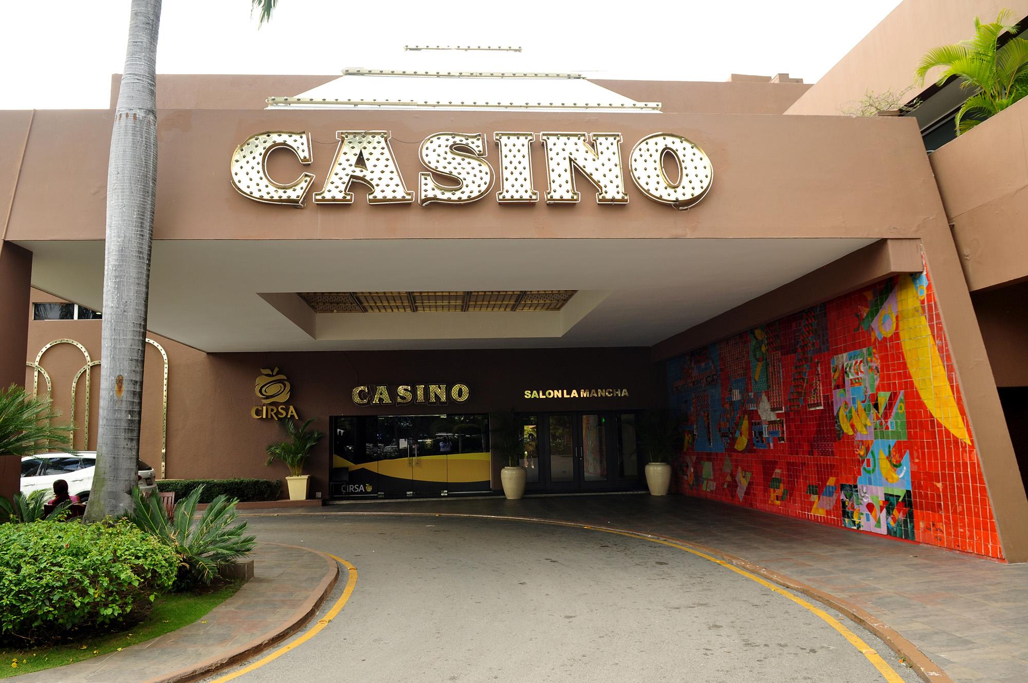 Casino Lina Exterior